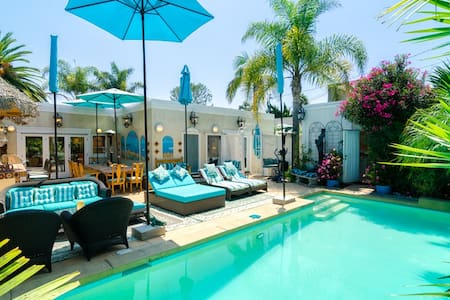 Tropical Paradise Pool Patio House  - Pacific Palisades