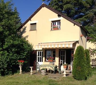 Naturistisch vakantiehuis in de Dordogne - Saint-Chamassy