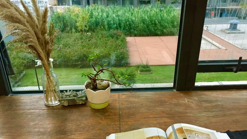 睡在设计师咖啡馆里【苏木】建业置地广场商圈