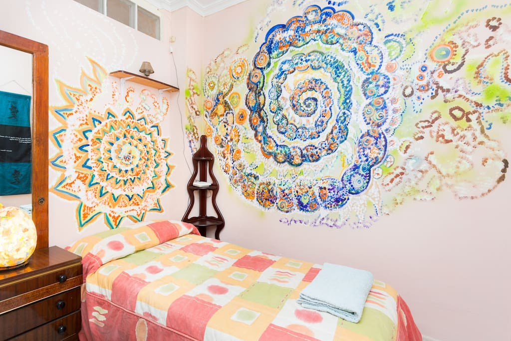 creative bedroom
