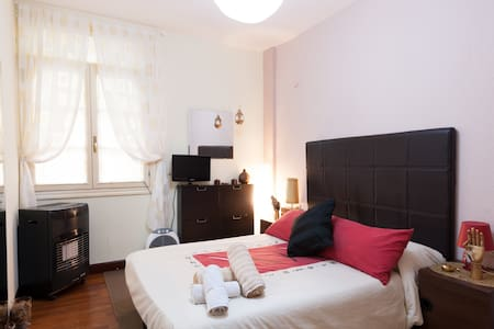 Double room in Casco Viejo, Bilbao - Bilbao - Leilighet