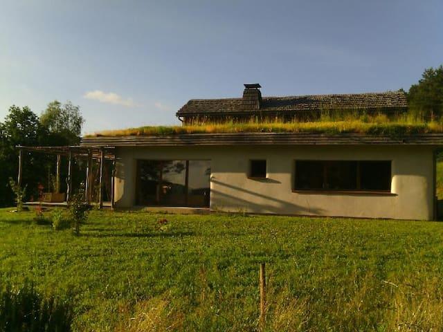 maison écolo - Hautefage - Casa