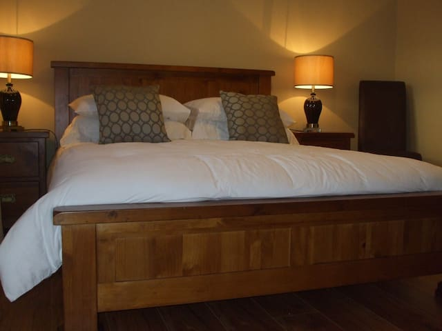 Cosy, clean & comfy, just like home - Bandon