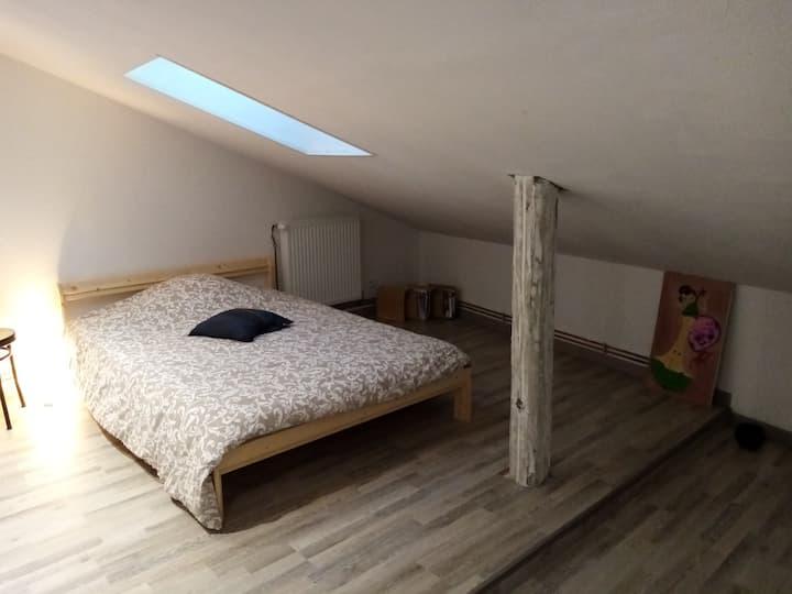 """Chambre """" Mathilde """" chez l'habitant à Metz-Grigy"""