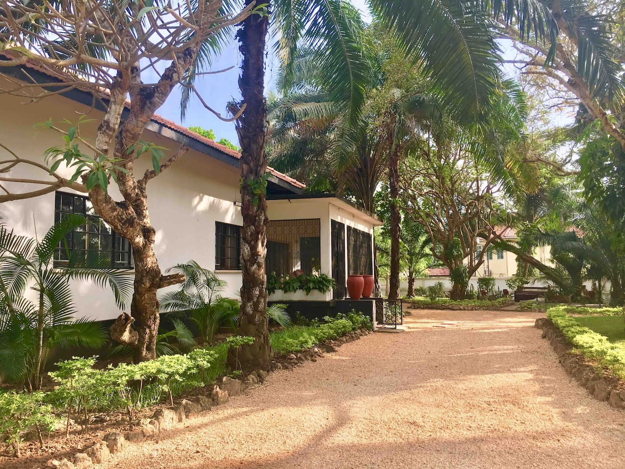 Windsor House, a serviced, colonial built bungalow - Bungalows for ...