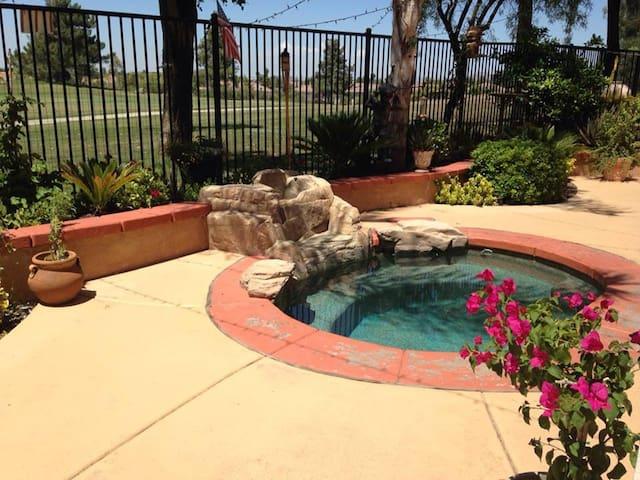A Slice of Paradise in Murrieta, CA - Murrieta - Huis