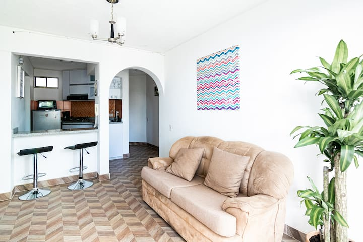 BARRIO GRANADA APARTMENT - Great Location in Cali