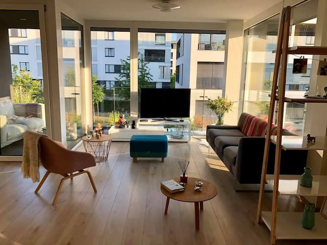 Bright Room in Modern 93m² 2BR Apartment