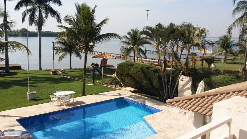 Rancho em condomínio Lago Azul I - Buritama-SP