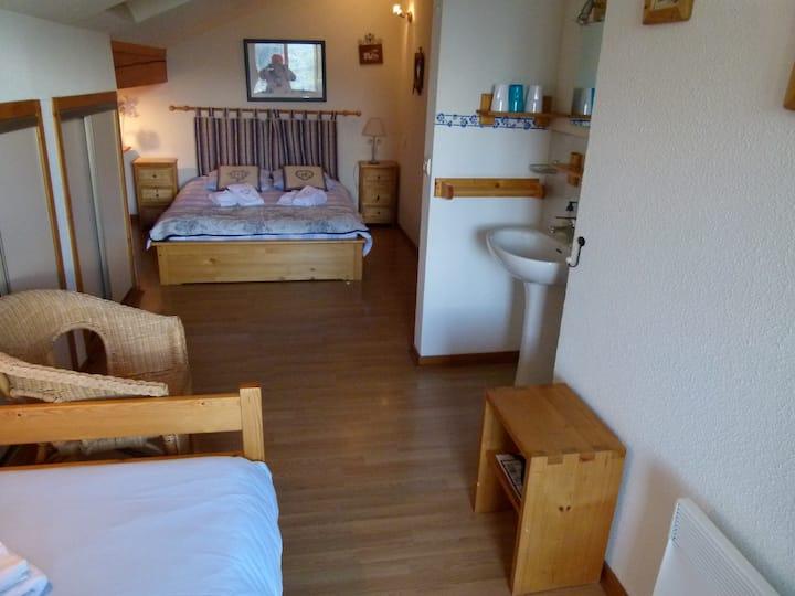 Suite Familiale avec Salle de bain et balcon