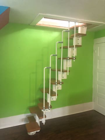 Stairs up to Loft bedroom