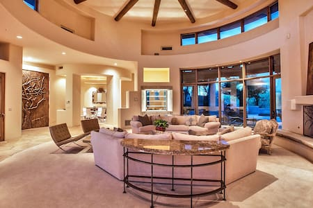 4 bedrooms Exceptional Pool Villa Scottsdale - Scottsdale
