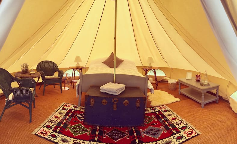 'Foxglove' Luxury Glamping at Preston Court