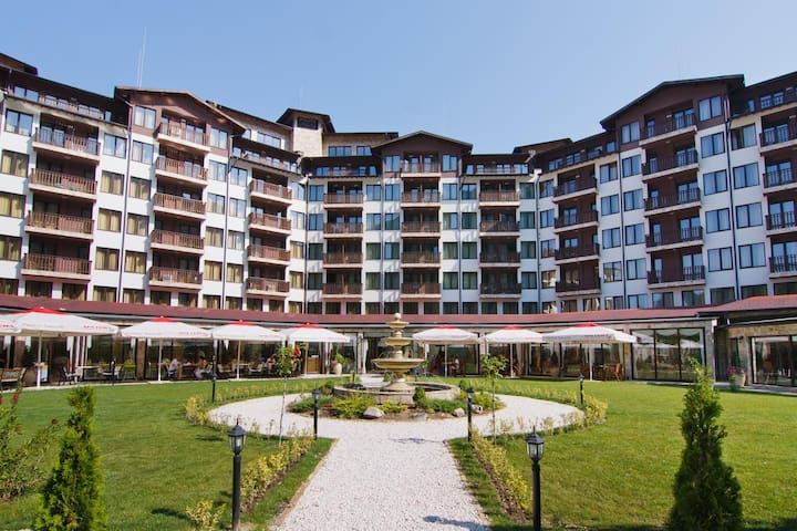 Velingrad flat with great view at a luxury resort