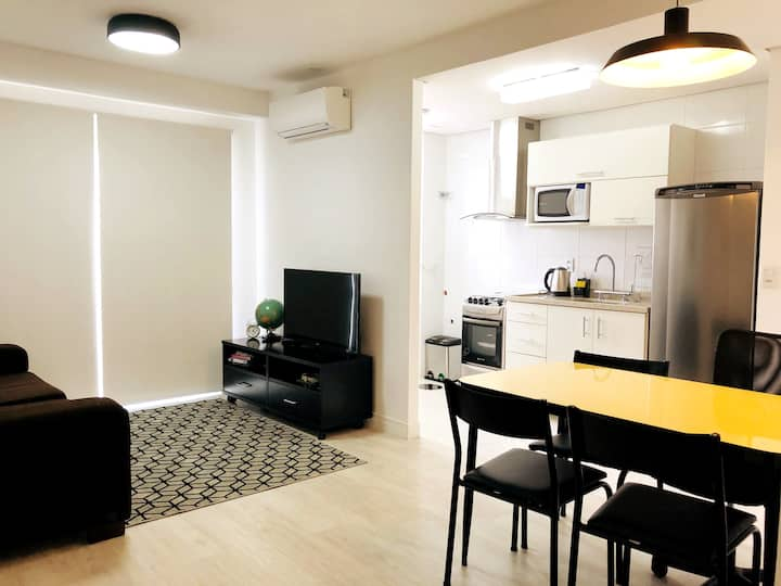 Close to Carlos Gomes Ave./PUC - Pool & City View