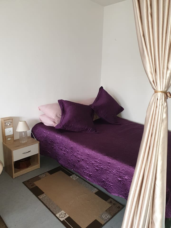 Schöne 1 Zimmerwohnung in der Nähe von SiemensGmbh