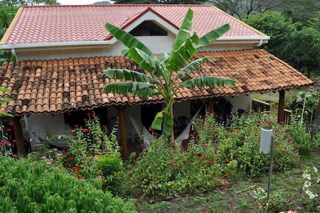 Rural heart of Nicaragua, Casa Girasol San Lorenzo