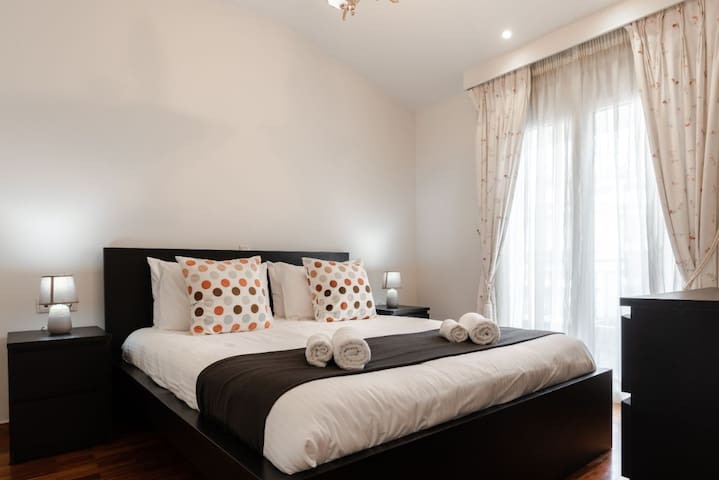 Queen Size Double Bedroom Three, 200 cm x 180 cm