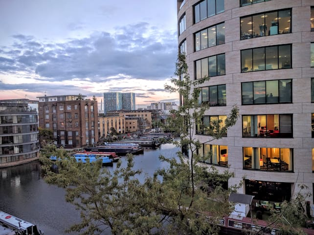 Large room with amazing view in Kings Cross - Londyn - Apartament