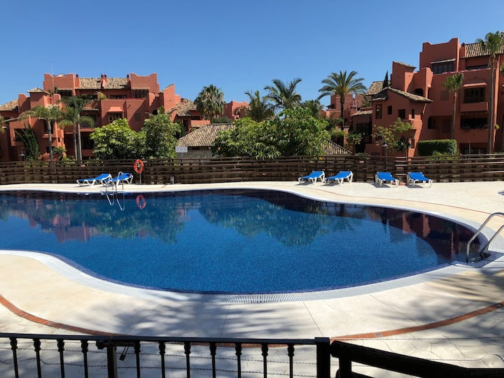 Beautiful Apartment 4 bedrooms close to the beach