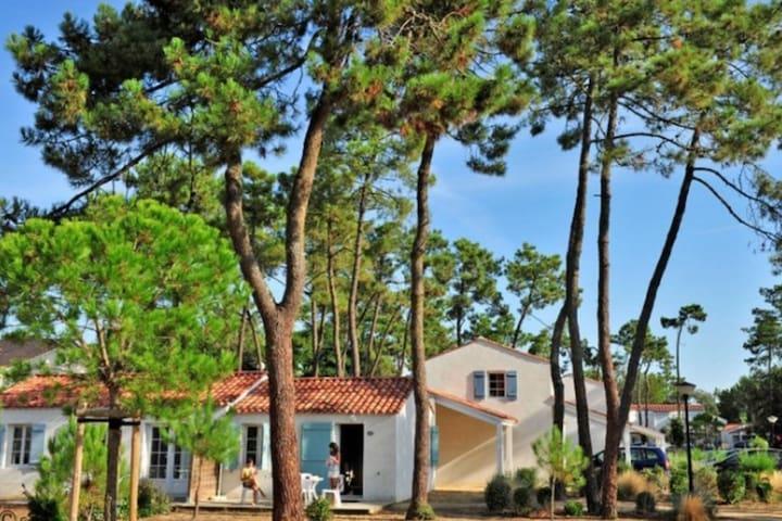 Maison proche de la mer 5 personnes avec piscine