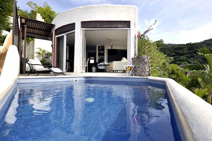 VILLA LA SOLITARIA Spectacular Bay View - Puerto Vallarta - Rumah