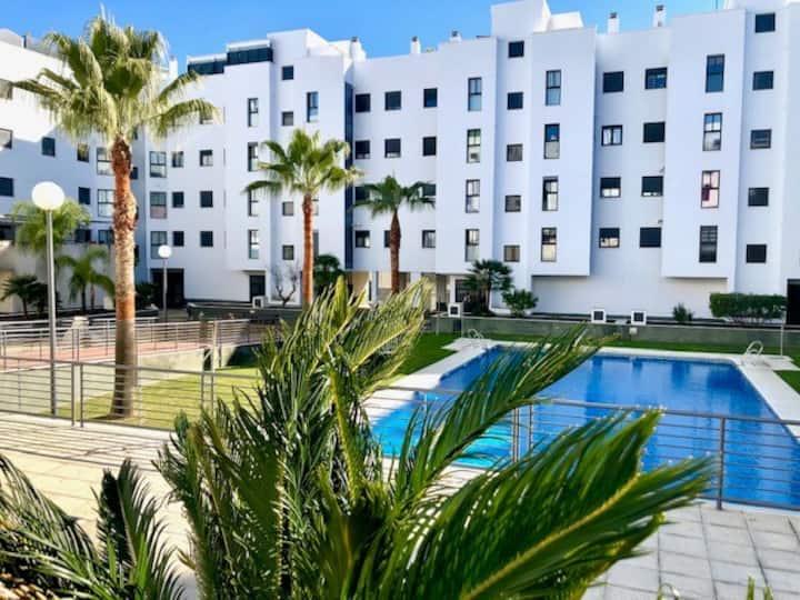 Ático Villa Buen Rollo /piscina, aire acc, parking