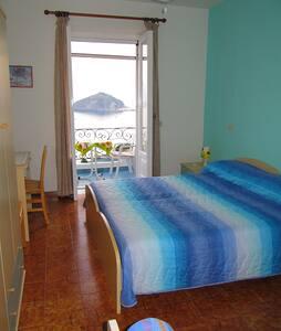 Casa Antonio: stanza con vista mare - Barano D'ischia