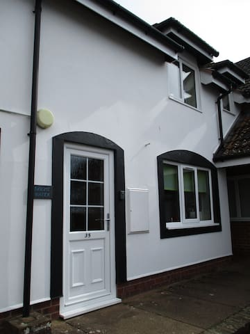 Bright Water riverside cottage - Wroxham - Huis