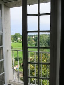 Room with view on the valley. - Château-Landon - Penzion (B&B)
