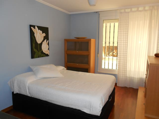 Double room for rent - Barcelona - Hus