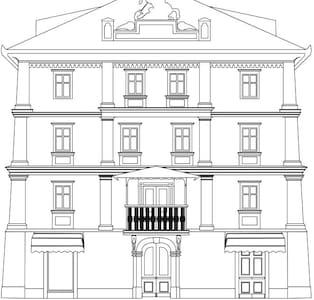 City center - 19 cent house - Idrija