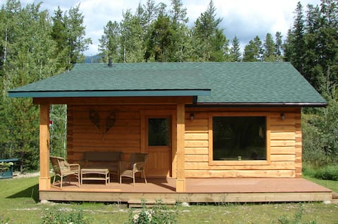 Mica Mountain Lodge &  Mica cabin