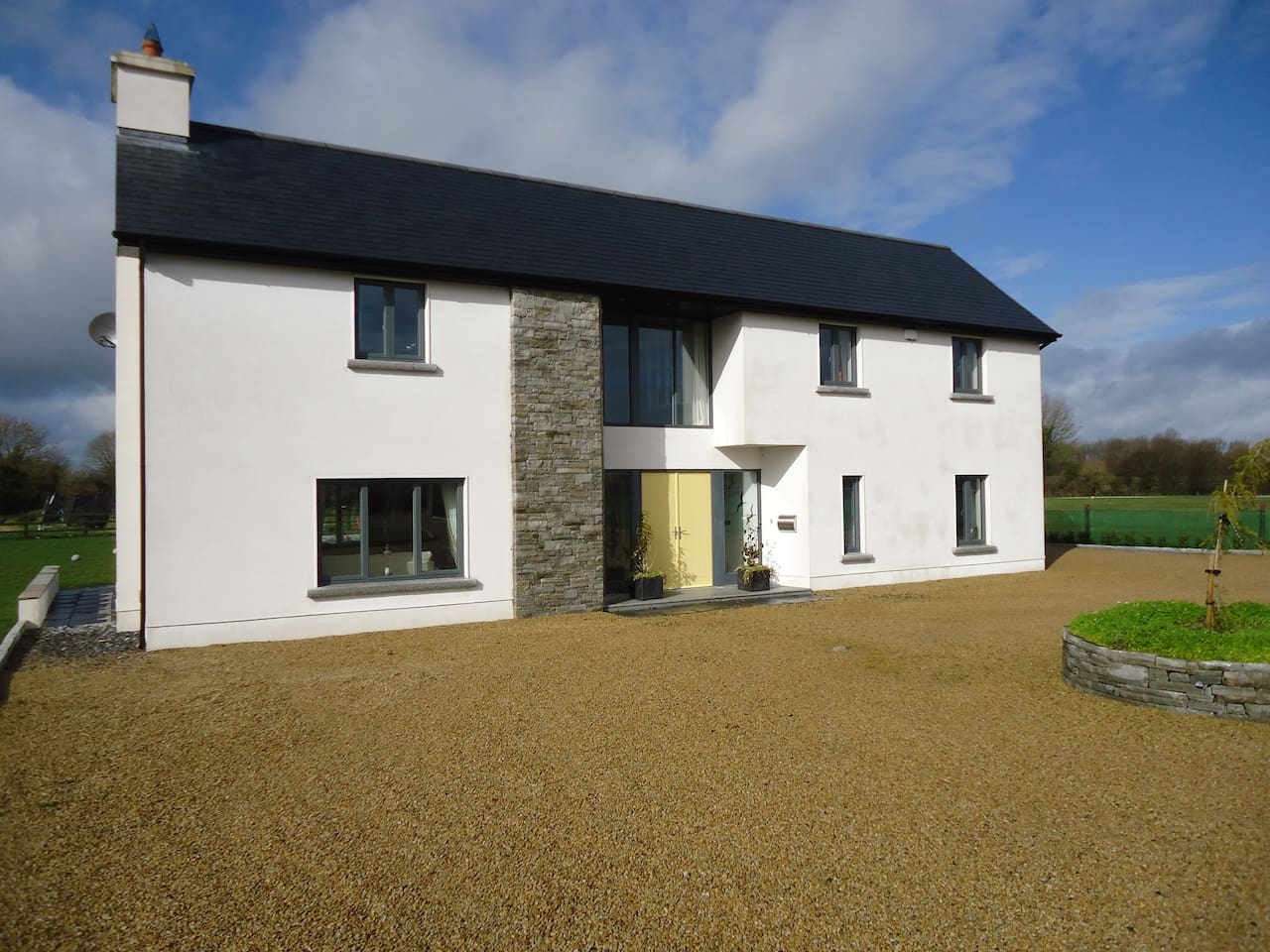 Contemporary house in the countryside just outside of Birr