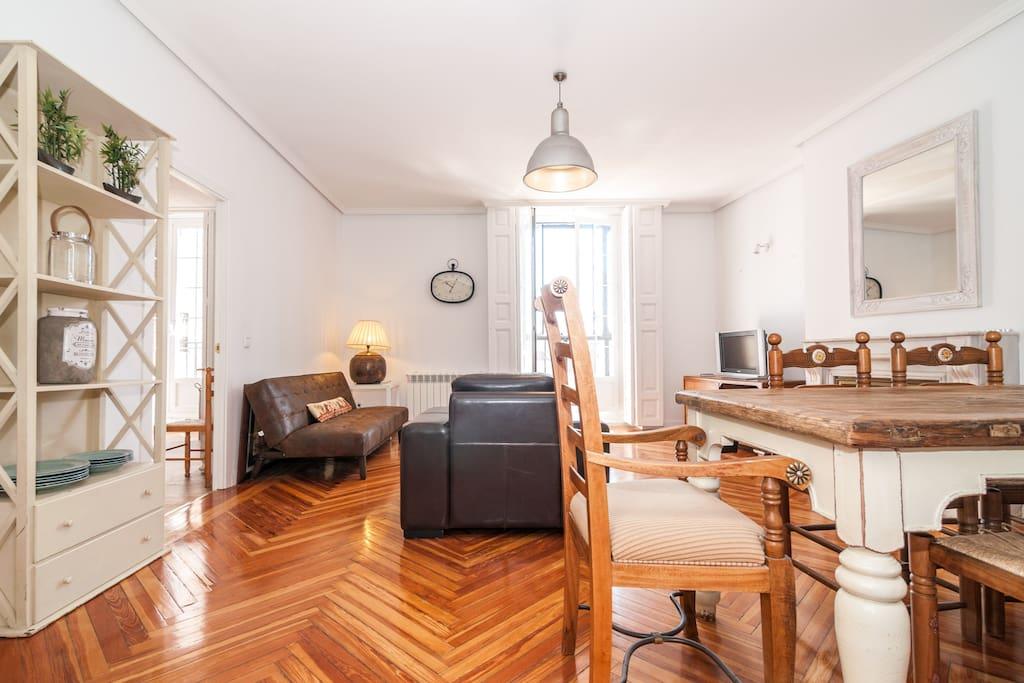 Living room, provence style furniture Estilo de decoración provenzal , mimado y funcional.