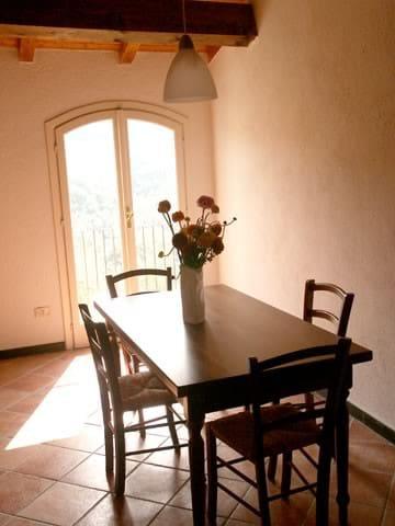 Relax in  nature in Liguria - Pietrabruna - Rumah