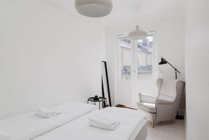 Best Located 1BR Flat w. Balcony in Södermalm