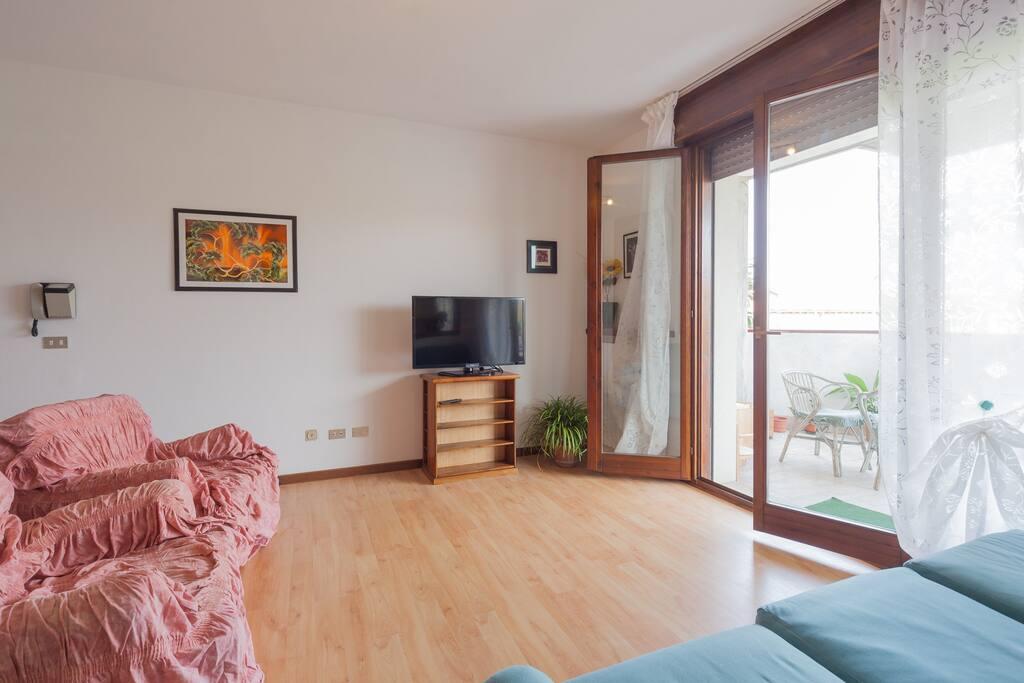 soggiorno vista balcone
