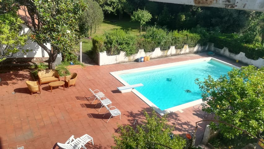 Bright Apartment with Garden and Swimming pool