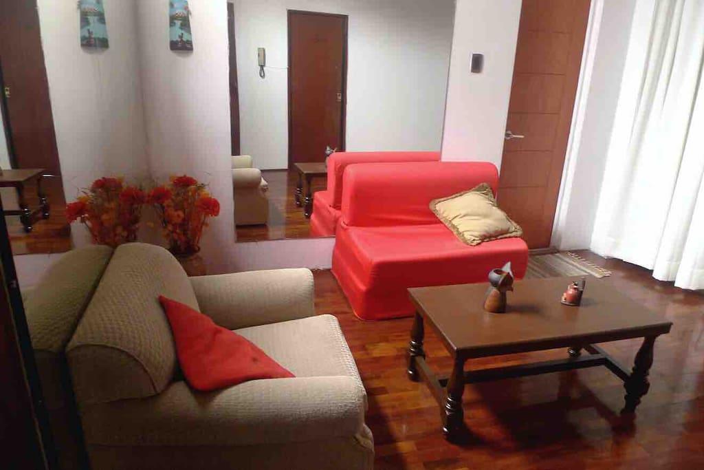 Recibidor común - 3er piso - Espacio compartido // Common space - Reception room - 3rd floor
