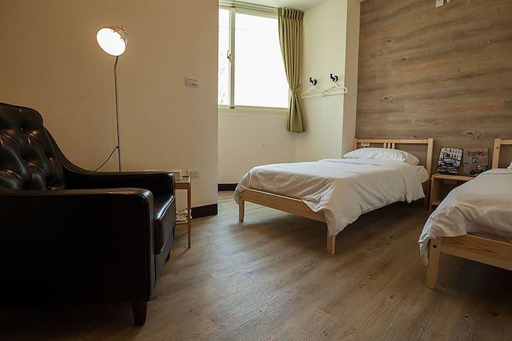 艾爾小公寓雙人間-TWIN ROOM(位於花蓮最熱鬧的金三角) - Hualian City - Wohnung