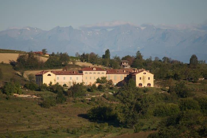 Moncalvo garden apartment La famulenta 10 - Grazzano Badoglio - Byt