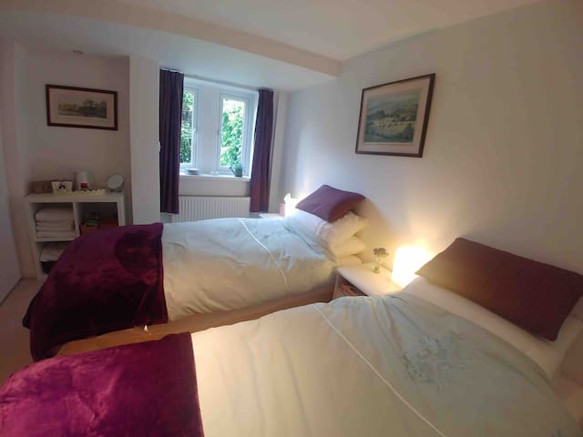 The twin room, Dales Way