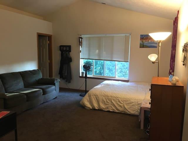 Montavilla Master bedroom - Portland - Haus