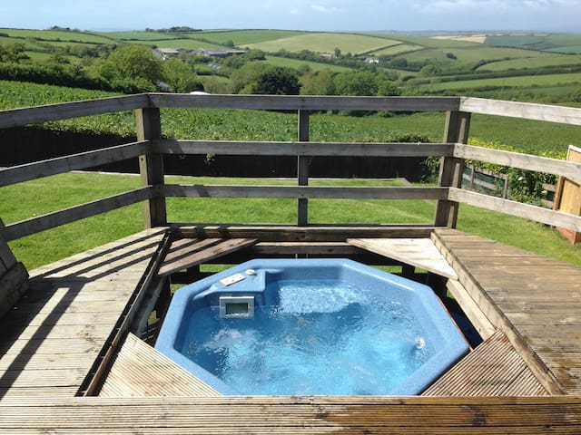 Tubbs Delight Self catering Family & dog friendly