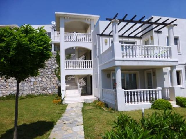1st Floor Family Apartment Bodrum - Bodrum - Appartement