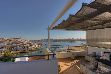 Villa With Private Pool, Sea View - Ferragudo