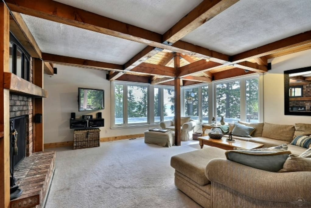 Living Room over looking Lake Muskoka