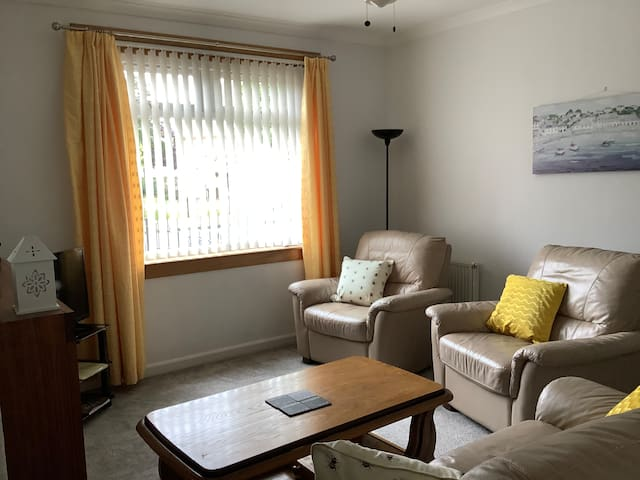 Modern flat with all essentials provided