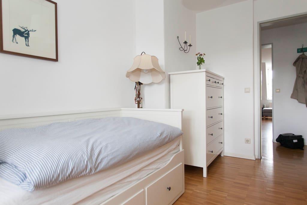 Das Gästezimmer/ the guest room